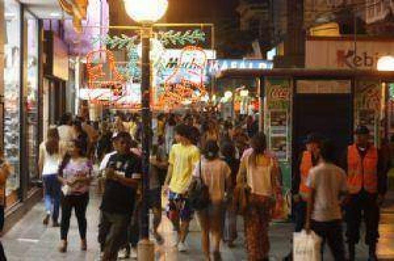 Confirmaron los horarios de atención de comercios en Santiago del Estero para el 24 y el 31