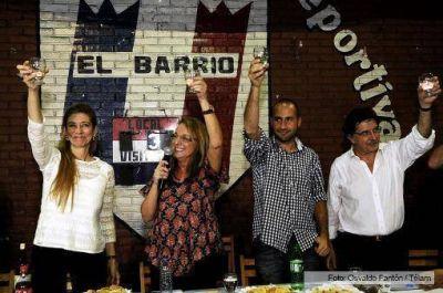 """Alicia Kirchner convoc� a la militancia a """"seguir enamorando"""""""