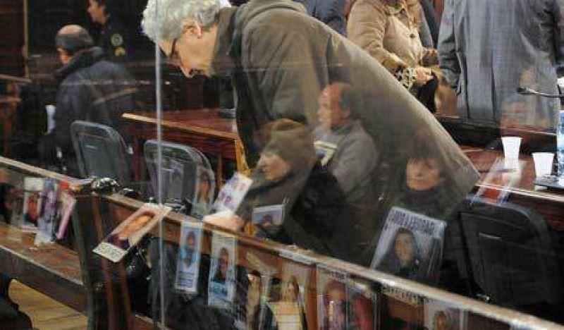 Croma��n: la querella pidi� 26 a�os de prisi�n para Chab�n y Fontanet