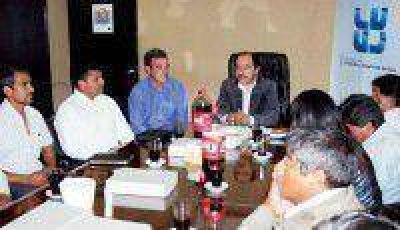 IVUJ planifica obras para el 2014 con Municipios de Quebrada y Puna