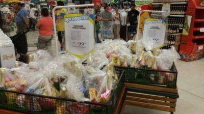 En San Luis ya venden las canastas navideñas por menos de $100