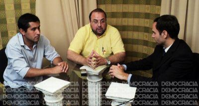 """""""El que gana conduce, y el que pierde acompaña"""", afirmó Aguilar"""
