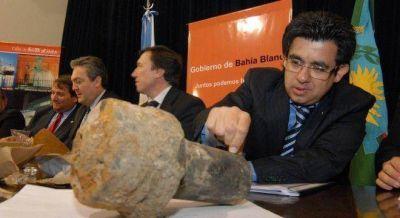 Scioli reglamentó la ley que obliga a countries a ceder tierras para planes sociales