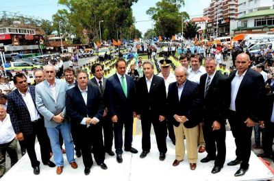 SCIOLI PUSO EN MARCHA EL OPERATIVO DE SALUD EN LA COSTA: HABRÁ MÁS DE 16 AMBULANCIAS EN LAS RUTAS
