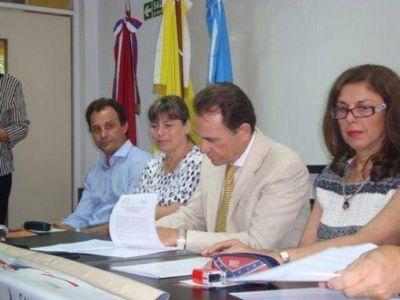 El sanatorio Boratti y la Ucami firmaron un convenio para becar a los alumnos de medicina