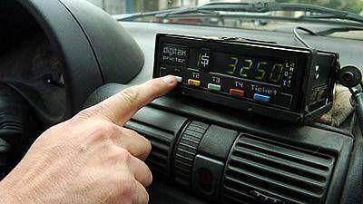 Aprobaron aumento tarifario para taxis y remises de la capital