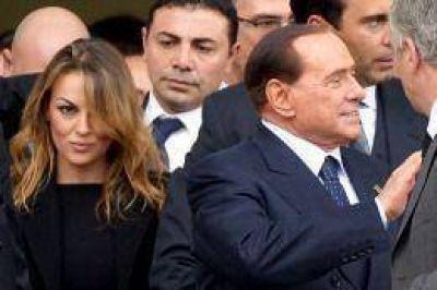 Berlusconi, expulsado del Senado italiano, vive el ocaso de su poder