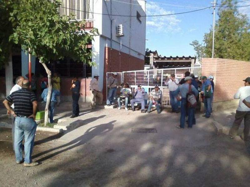 Levantaron el paro municipal en Angaco y arreglaron un plus de $2400