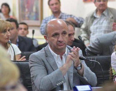 EL FRENTE RENOVADOR DE LANUS RECLAMA A EDESUR Y AL MUNICIPIO