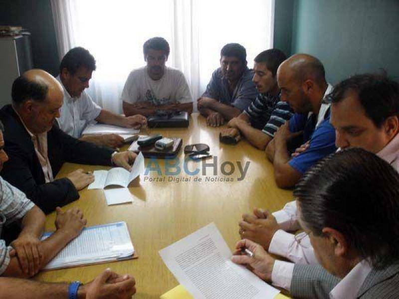 Acuerdo gremial por el conflicto en la metalúrgica Cinpal