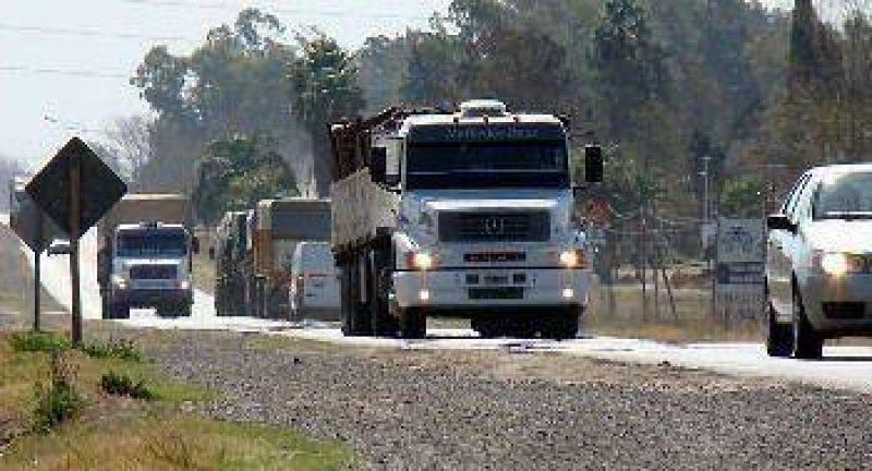 Por las fiestas, restringen la circulación de camiones en rutas