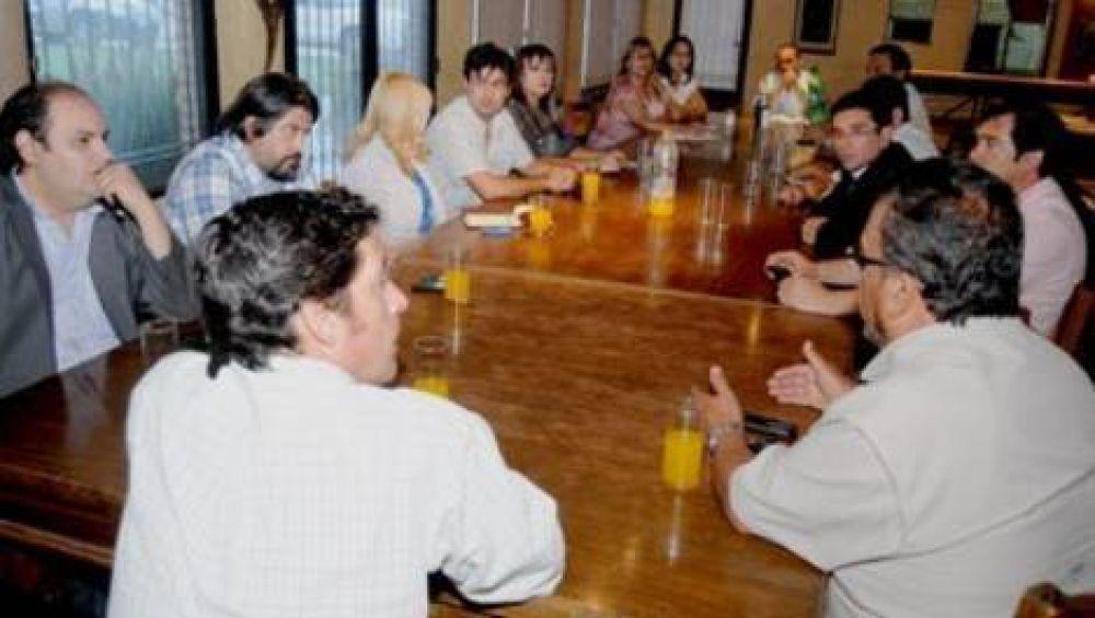 Los gremios piden entre un 40 y 45% de aumento para 2014