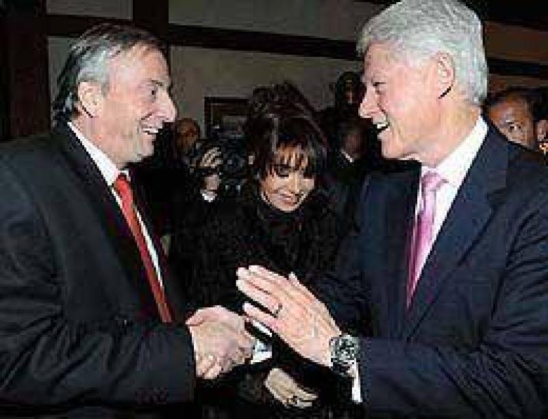 Néstor y Cristina cenaron con Bill Clinton en Recoleta