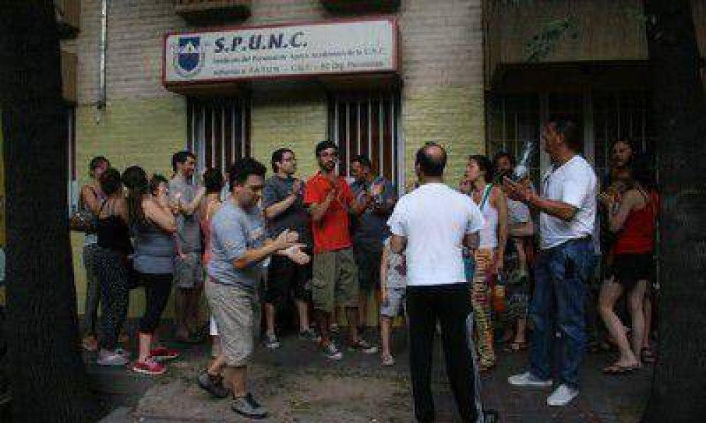 Spunc: vecinos exigieron respuestas tras el incumplimiento de un acta del gremio