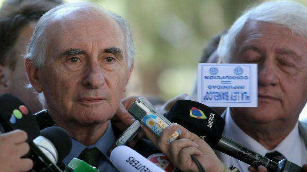 """""""No inventé nada"""", dijo Pontaquarto; para De la Rúa fue """"una operación"""""""
