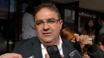 Jalil pidió austeridad a los ediles porque bajó la recaudación
