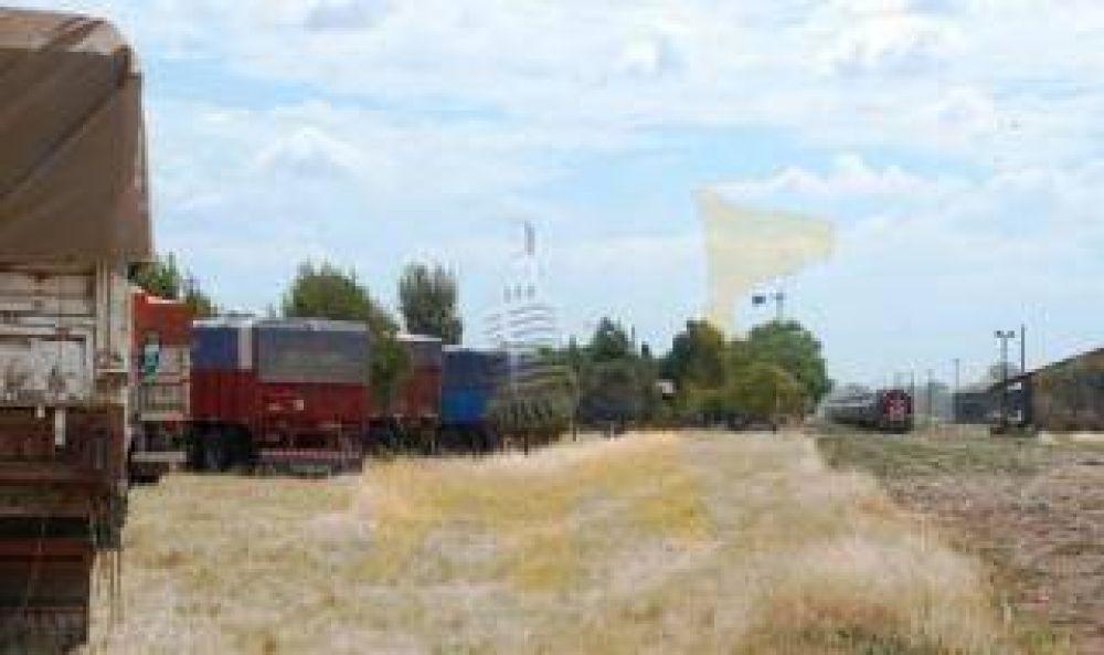 Puan: Camioneros siguen de paro y evalúan cortar la ruta