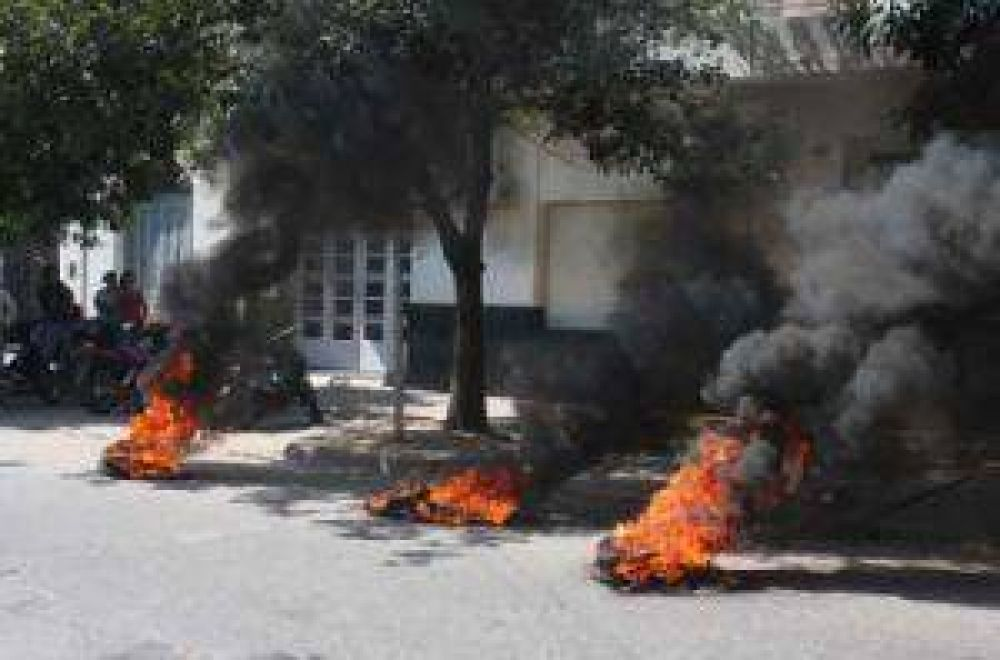 Escuela privada recurrió a la justicia ante las perturbaciones de protestas