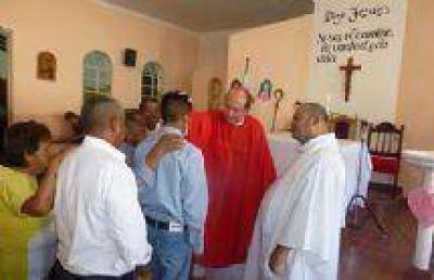 Internos del Penal de Villa Las Rosas recibieron los sacramentos de comunión y confirmación