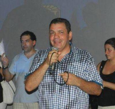 """Gustavo Aguilera convocó a la """"unidad"""" del peronismo de San Fernando al asumir como presidente del partido"""