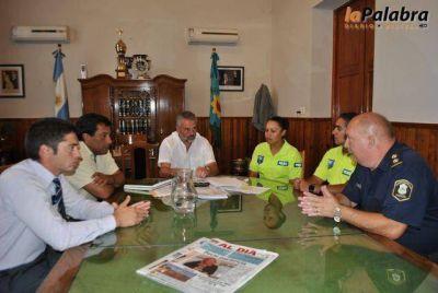 Curetti se reunió con Seguridad y recibió a oficiales afectados al Operativo Sol