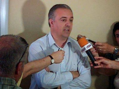 Puerto Quequén: Firman acta acuerdo con transportistas para destrabar conflicto