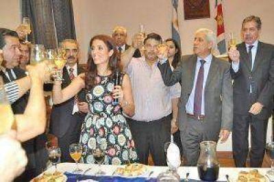 Claudia Zamora brindó con miembros de la CGT
