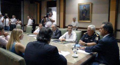 Con un comité de crisis, Scioli analiza resarcimientos a los afectados por los cortes