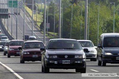 Más de 1.800 autos por hora circularon por ruta 2 hacia el área metropolitana