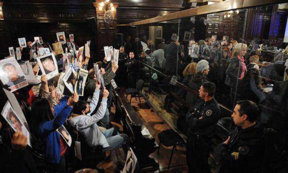 Cromañón: la fiscalía pidió 23 años de prisión para Chabán y 15 para el grupo Callejeros