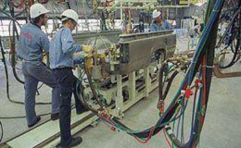 La producción automotriz se redujo 23,6% en mayo