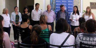 Paredi entregó las primeras pensiones del año en Vidal y Pirán
