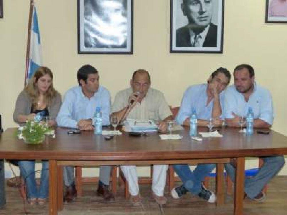 Comunicado del Bloque de Concejales del FpV en relación al despido de empleados municipales