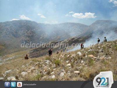 Los Bomberos de Saavedra trabajaron en Fortín Chaco y Los Cuises
