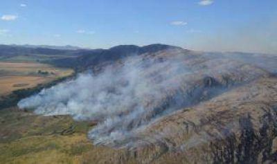 Incendio en Sierra de la Ventana: Se suman dos aviones más para combatir el fuego