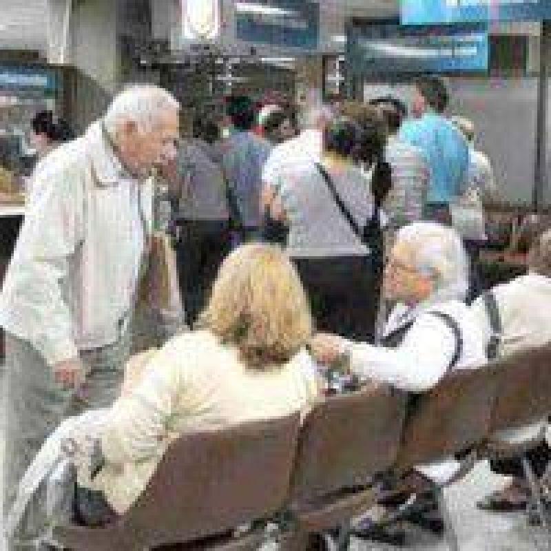 Proponen restablecer aporte de jubilados al IOSPER