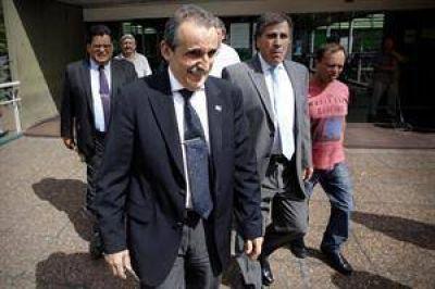 Desde afuera, Moreno continúa controlando el funcionamiento del Indec