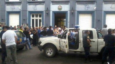 Misiones, Entre Ríos y Chaco por marcha atrás con el aumento a policías
