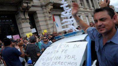 """Las escuchas de la extorsión policial: """"Las comisarías no tienen que laburar"""""""