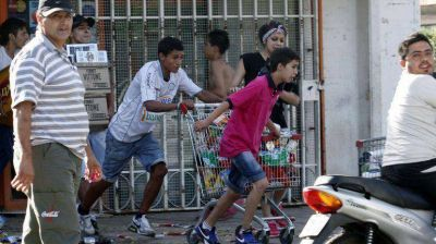 Saqueos en C�rdoba: dictan prisi�n preventiva para 35 personas