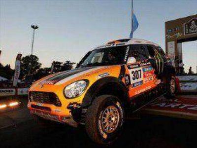 """""""Ha sido un buen día, pero el Dakar todavía no empieza"""""""