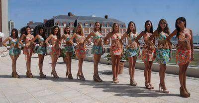 Presentaron a las doce jóvenes que aspiran a ser Reina Nacional del Mar