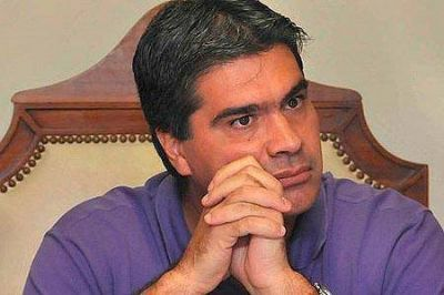 Capitanich, agobiado por la brusca caída de su imagen y la crisis en el Chaco