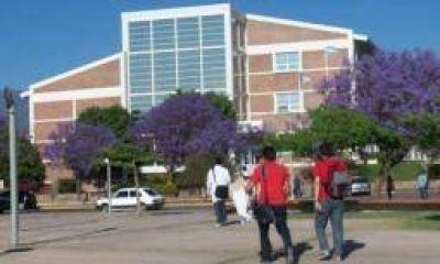 Entre febrero y marzo se podrán rendir exámenes en la UNLaR