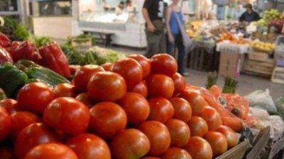 Kicillof ratificó que este jueves la secretaría de Comercio citará a los productores de tomate