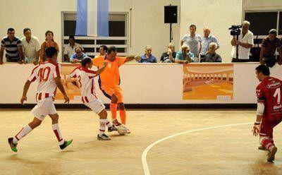 El Palacio de Deportes ahora vibra con el futsal