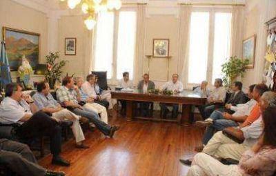 El Intendente recibi� al presidente del Consorcio del Puerto de Quequ�n