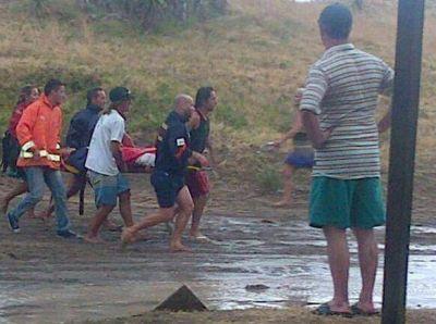 Villa Gesell: un rayo cayó en la playa y mató a 3 personas