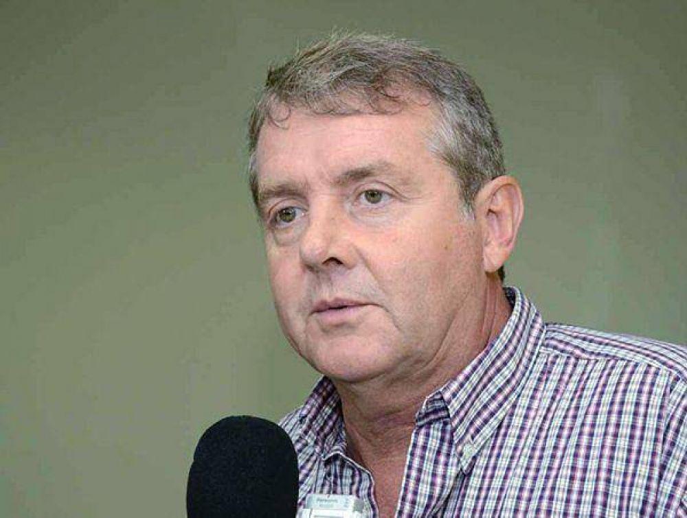 El ministro Roda aseguró que mejorarán el abastecimiento de agua en la capital