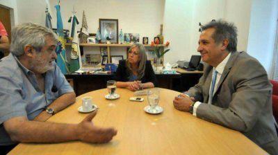 El Banco del Chubut analiza financiar proyecto de pavimentación de Rawson
